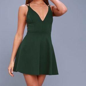 NWOT Lulu's green dress size XS